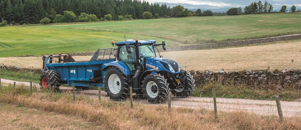 New Holland Dynamic Command