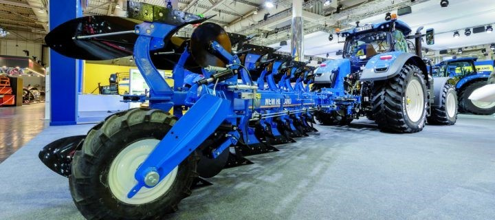 New Holland ITT CM93 arados