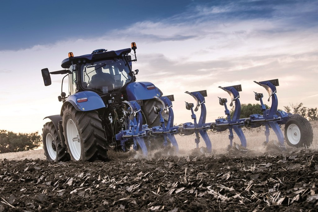 New Holland arados ITT CM93