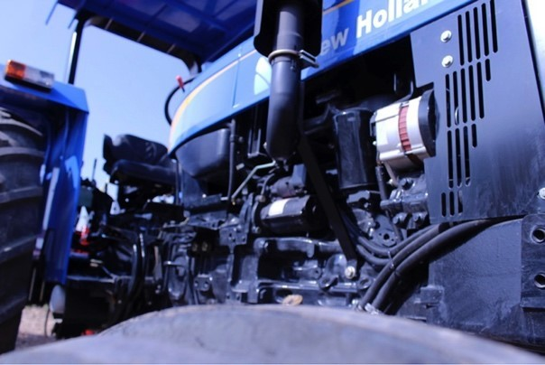 New Holland mantenimiento tractor CM93